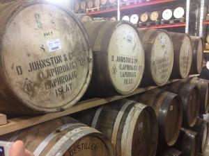 Barrels från Laphroaig finns redan hos Box. Foto av yours truly.