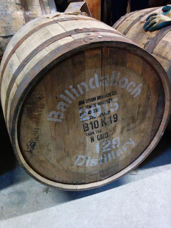 Fat 129/2015, first-fill bourbon barrel, fatfylld 24/3 2015 med 197,9 liter råsprit och en alkoholstyrka av 63,5%. Ett år gammalt imorgon.