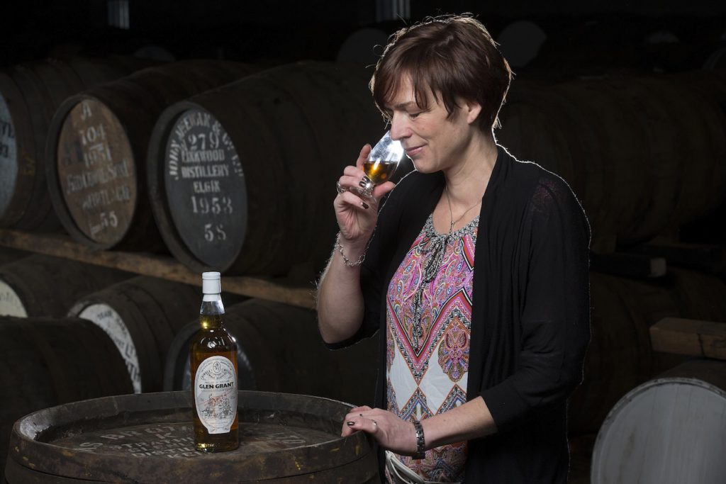 Juliette Buchan nosing a Gordon & MacPhail bottling of 1952 Glen Grant.