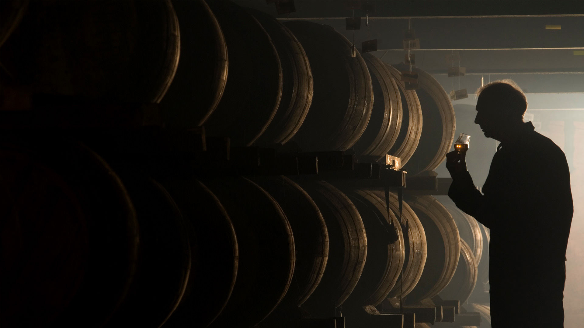 Whisky är speciellt. Fat är det inte. Bild hämtad från Laphroaigs hemsida.